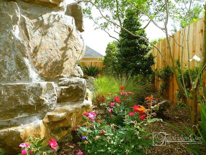 Landscaping houston cypress landscape photos pictures for Wax landscape
